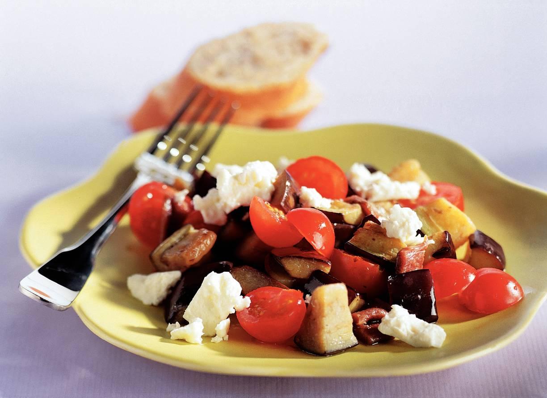 Auberginesalade met tomaatjes