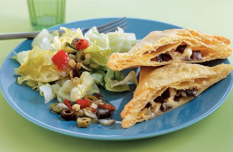 Griekse pakketjes met salade