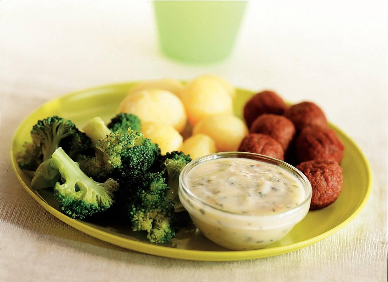 Broccoli met Italiaanse kaassaus