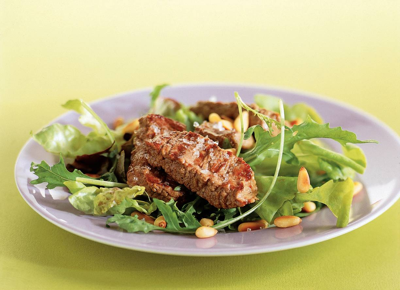 Salade met gegrilde biefstuk