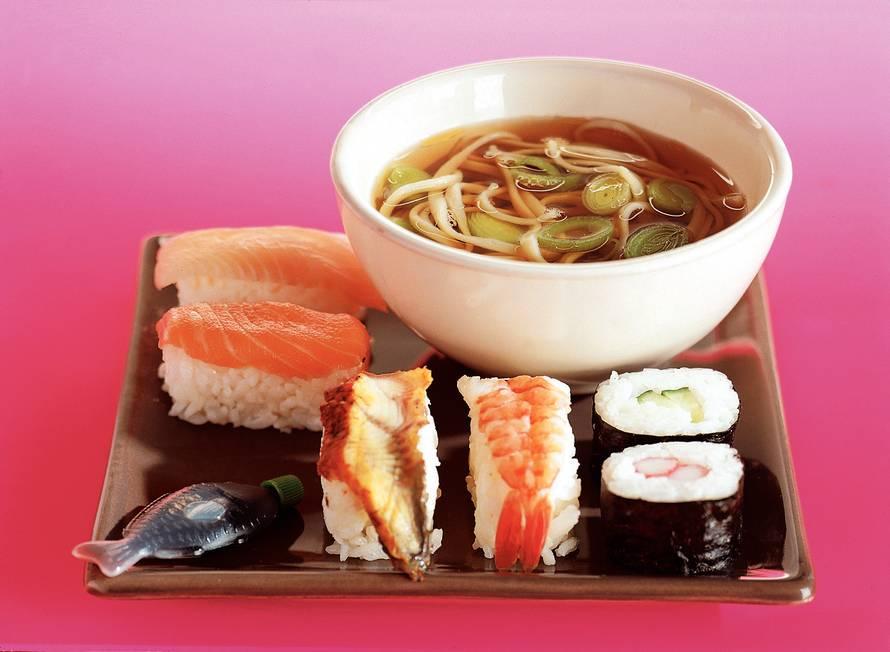 Sushi met miesoep