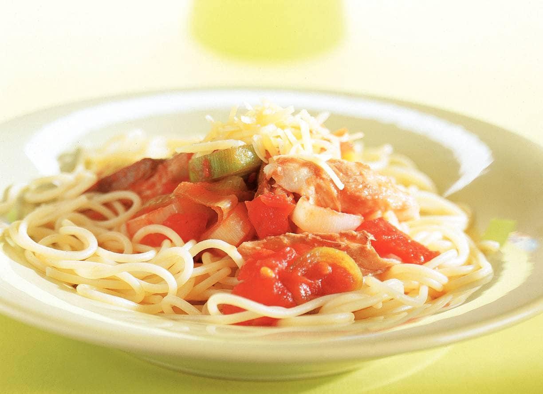 Spaghettini met makreelsaus