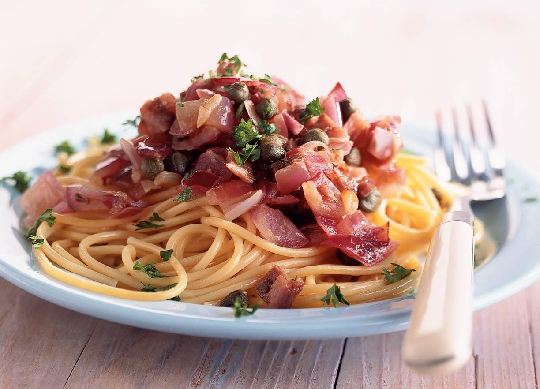 Spaghetti met ui-ansjovissaus