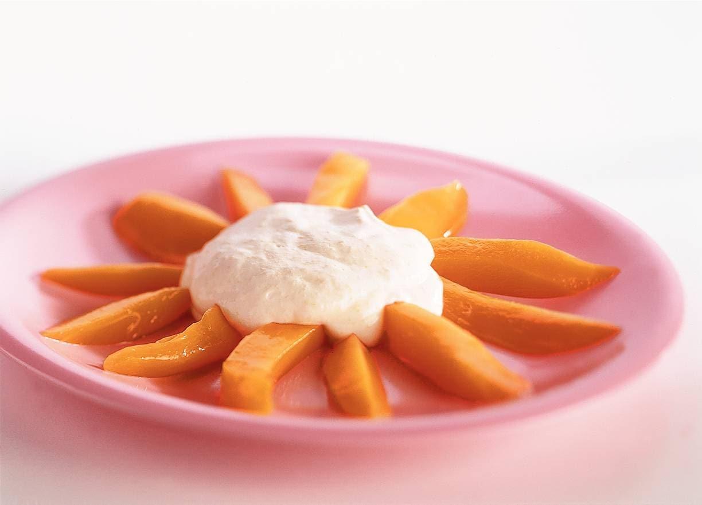 Zonnige mangokwarkmousse