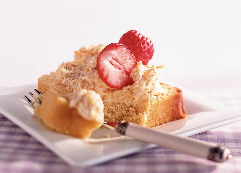 Cake met abrikozenspread