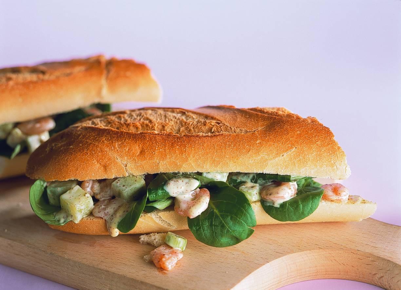 Stokbrood gevuld met garnalen