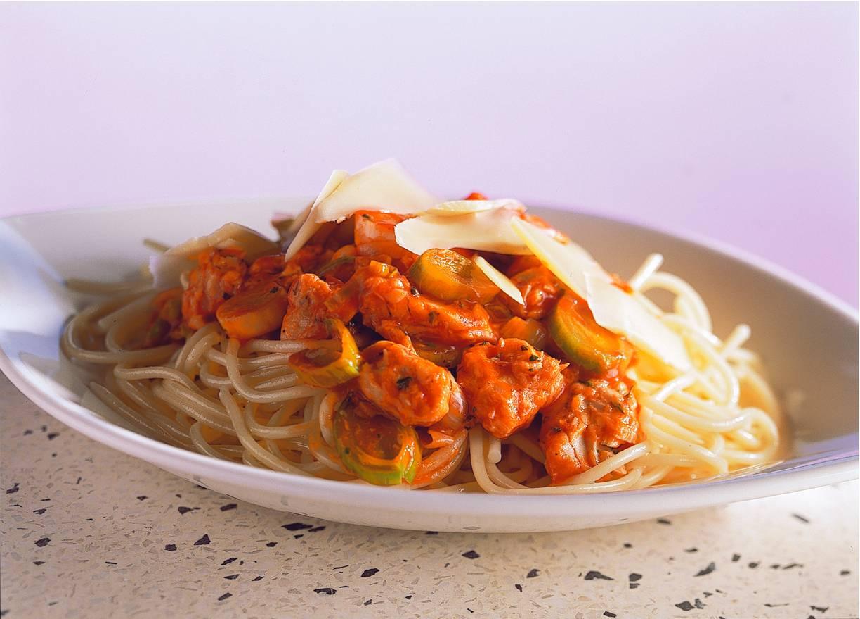 Spaghetti met zalmsaus