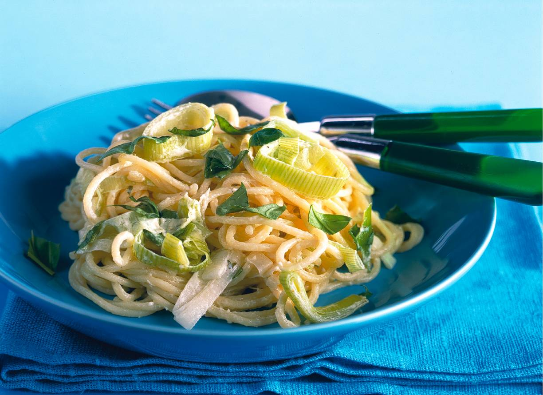 Spaghettini met prei-kaassaus