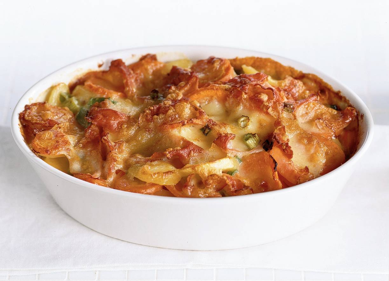 Kaas-aardappelschotel