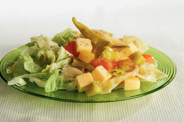 Pittige Italiaanse pastasalade