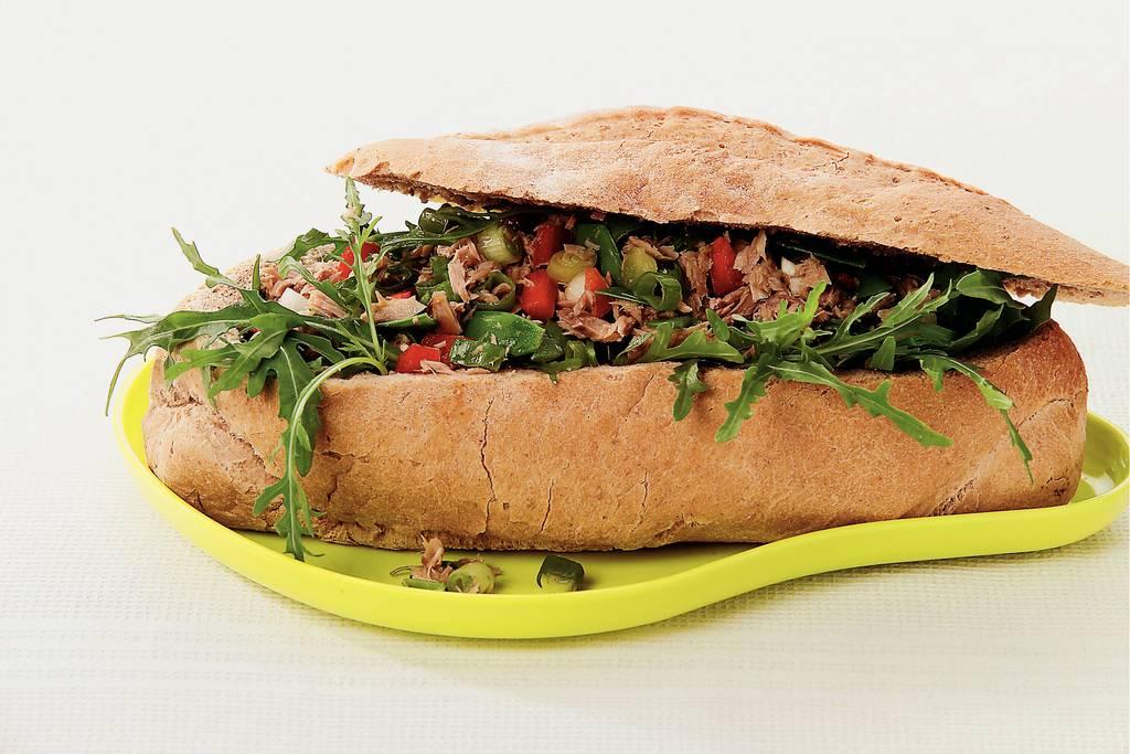 Picknickbrood met tonijnsalade - Albert Heijn