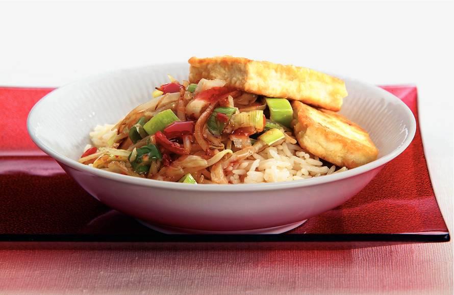 Gebakken tofu met zoete chilisaus