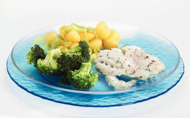 Vis met tuinkruiden en gebakken krieltjes