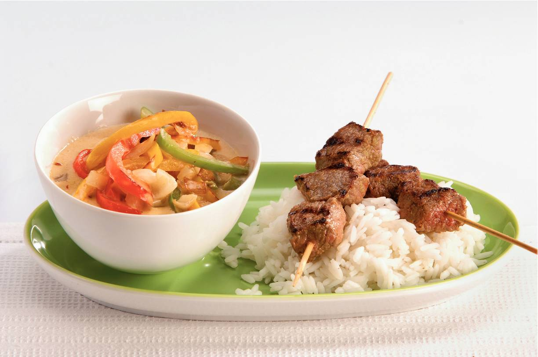 Thaise saté en currygroenten