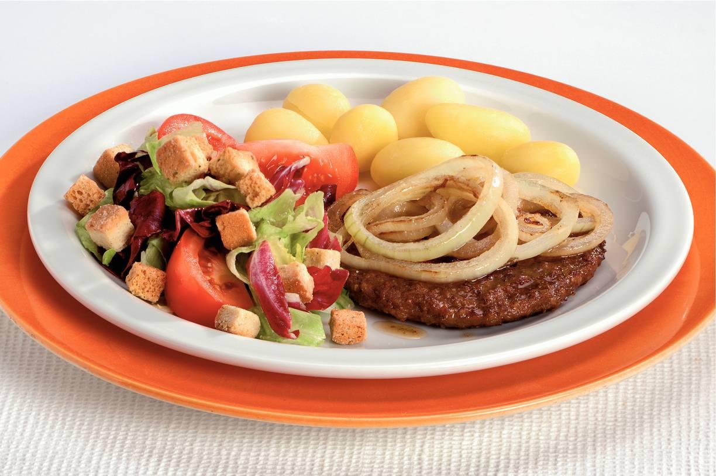 Hamburgers met sla en knoflookcroutons