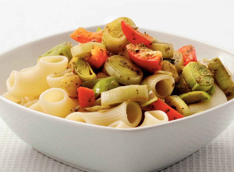 Macaroni met pesto-prei