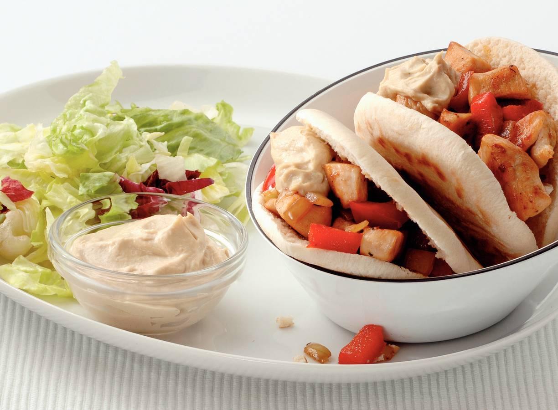 Pita's met kip en hummus