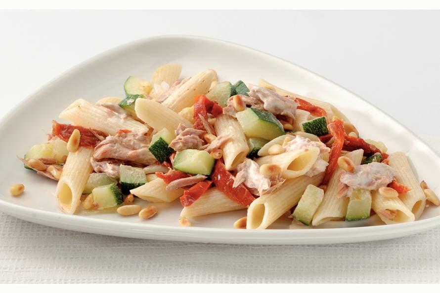 salade met tonijn en pasta