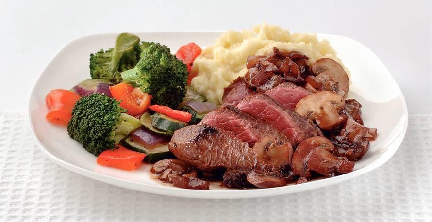 Ribeye steak met rodewijnsaus