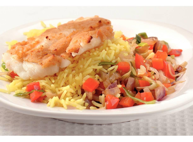 Knoflookkabeljauw met gele rijst
