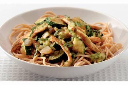 courgette met kip en pasta