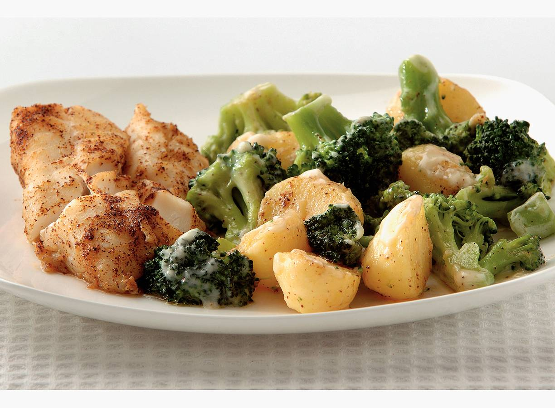 Chili-kabeljauw met broccoli en aardappels