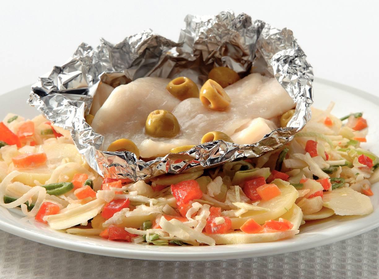 Vispakketjes met aardappelsalade