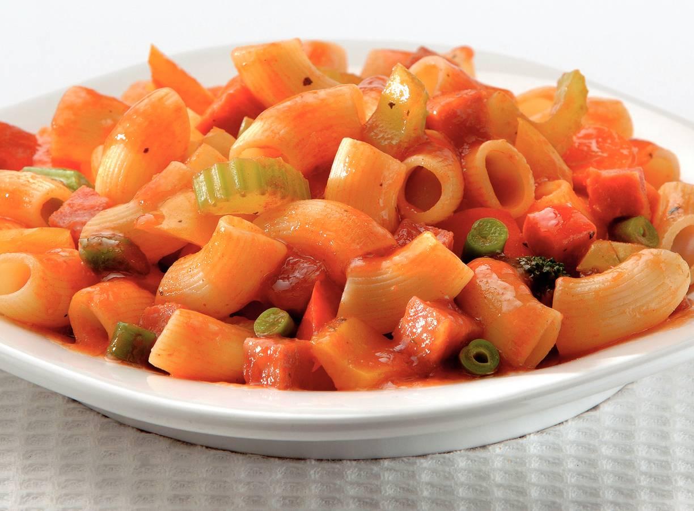 Hollandse macaroni met zomergroenten