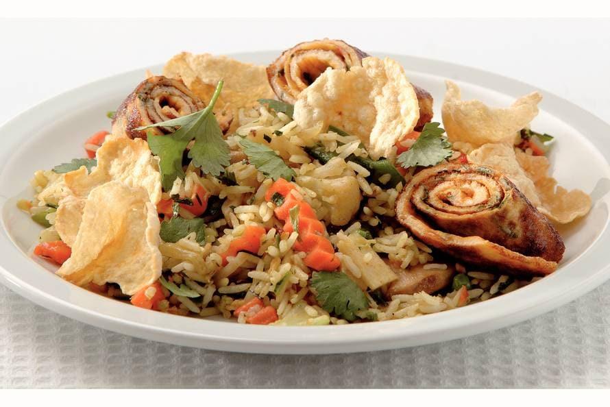 Pittige 'nasi goreng' met knoflook (vegetarisch)