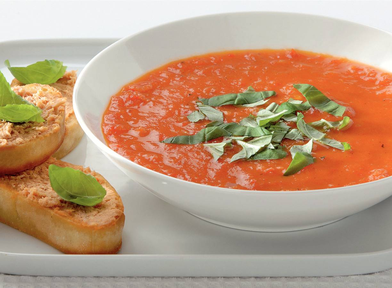 Paprika-tomatensoep met vispatécrostini