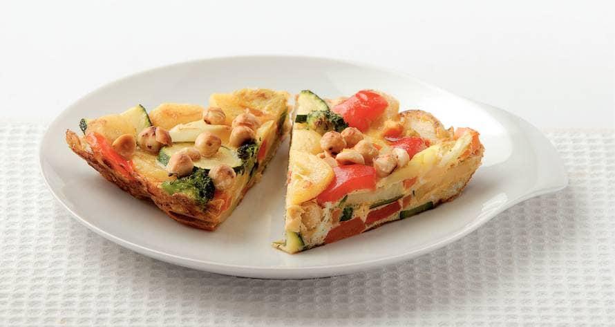 Tortilla met groenten en hazelnoten