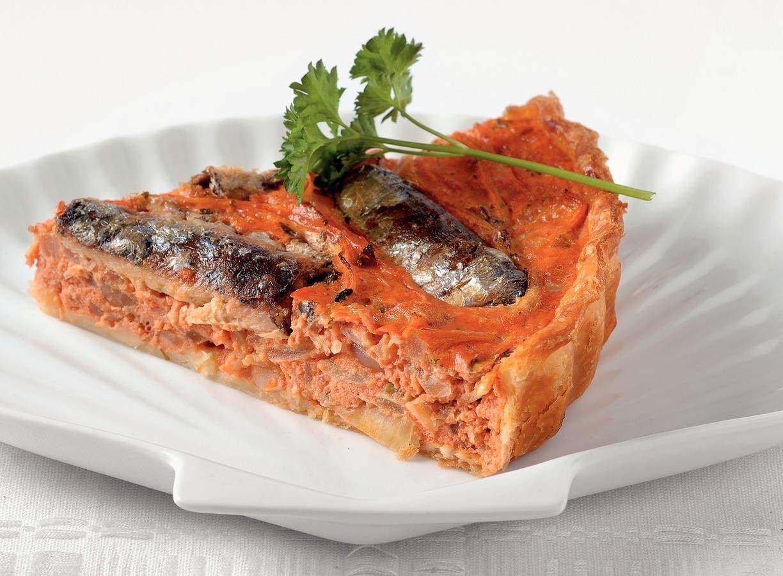 Sardine-tomatenquiche met ui