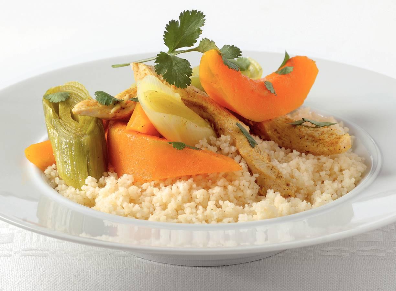 Couscous met gestoomde groenten en kip