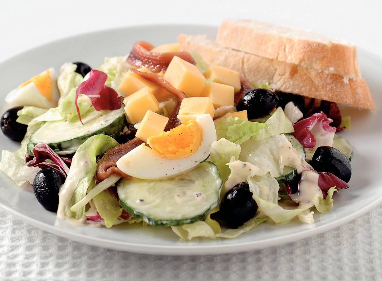 Italiaanse salade met ansjovis