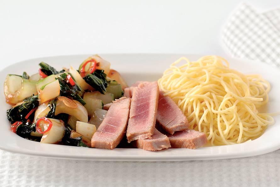 oosterse tonijn - recept - allerhande - albert heijn
