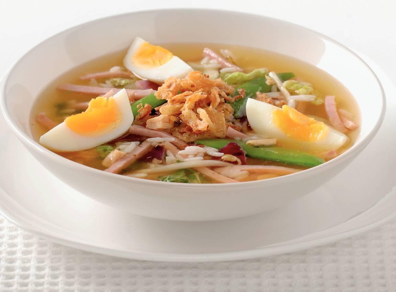 Indonesische maaltijdkippensoep
