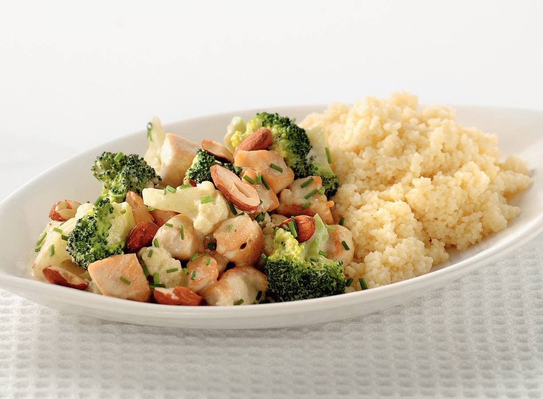 Bloemkool-broccolicurry met kip