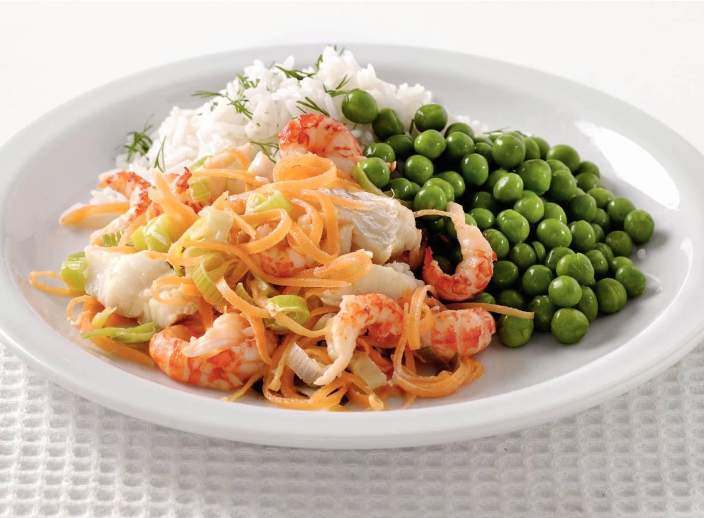 Dillerijst met vis-groentesaus en rivierkreeftjes