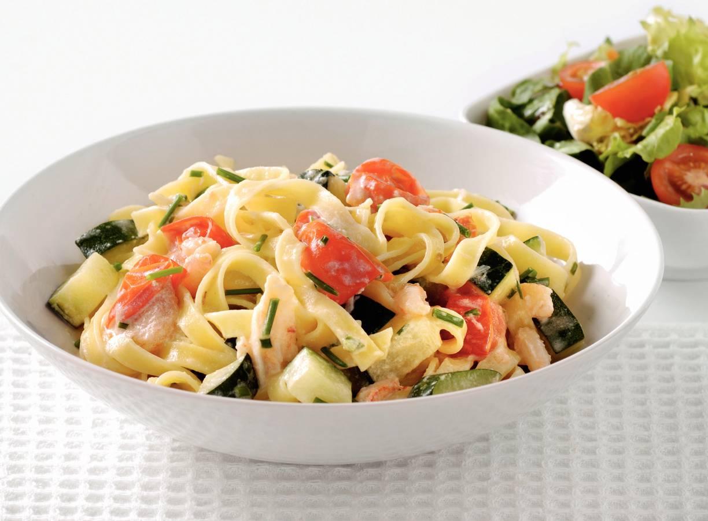 Tagliatelle met krab en mediterrane groenten