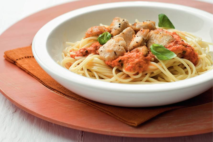 pasta met kip en paprika