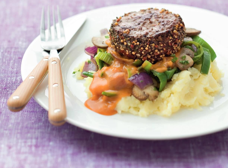 Steak Stroganoff met puree en champignons