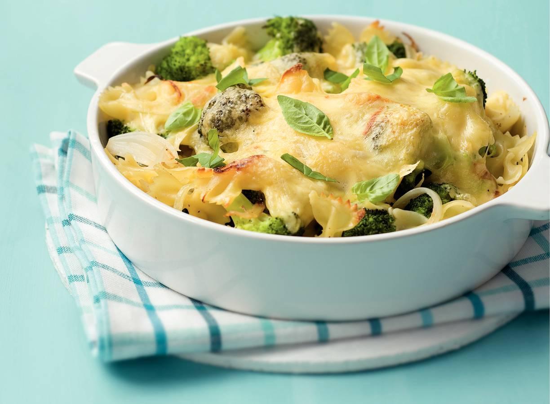 Pastaschotel met broccoli en kaas