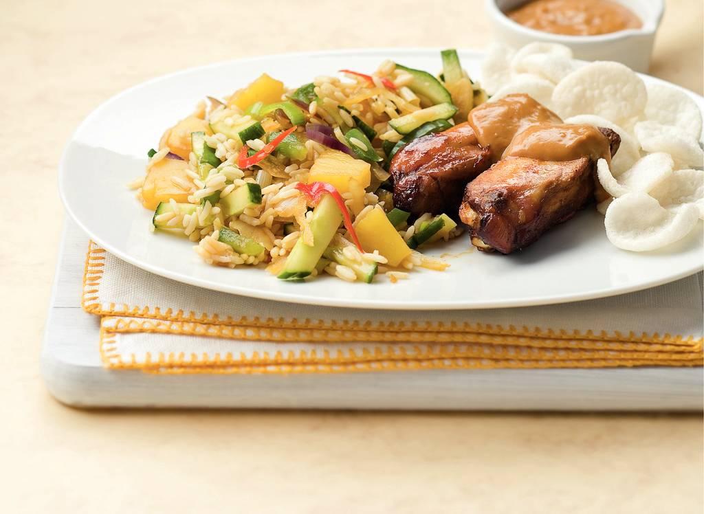 Kipspareribs met rijstsalade