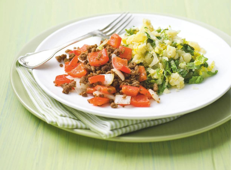 Vegetarische andijviestamp met paprika