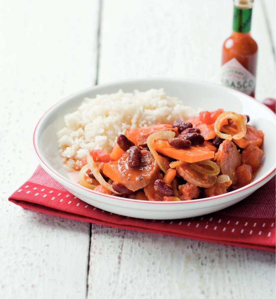 Pikante chorizostoofpot met rijst