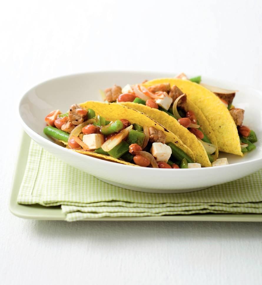 Taco's met varkensvlees en witte kaas