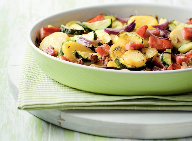 Aardappel-courgetteschotel uit de oven
