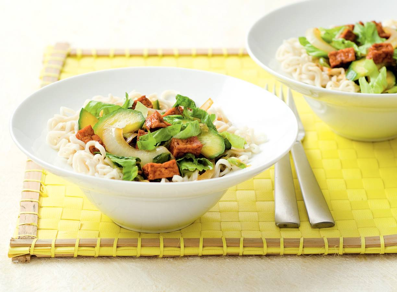 Japanse tofu-andijvieroerbak