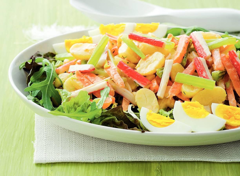 Aardappelsalade met surimi