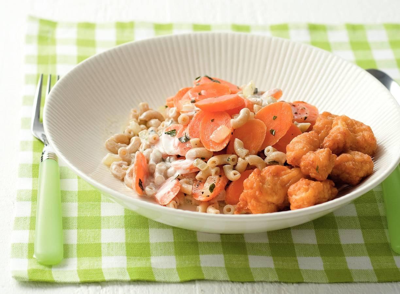 Kibbeling met romige worteltjesmacaroni